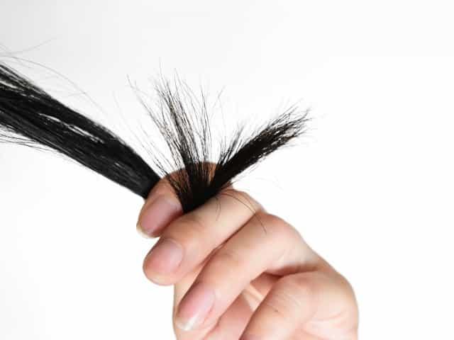 髪は痛むと戻らない