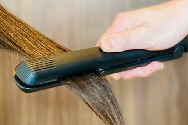 ストレートパーマ 切れ毛